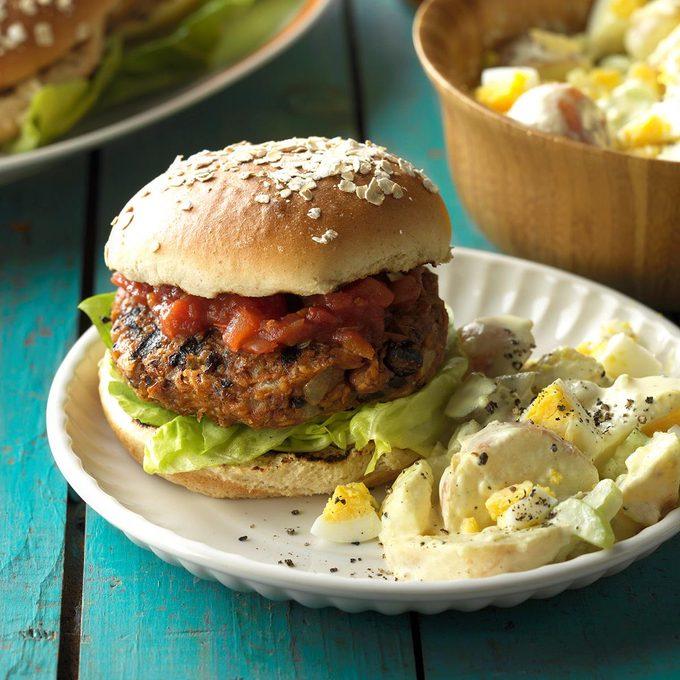 Grilled Bean Burgers Exps Sdjj17 31617 C02 16 3b 1