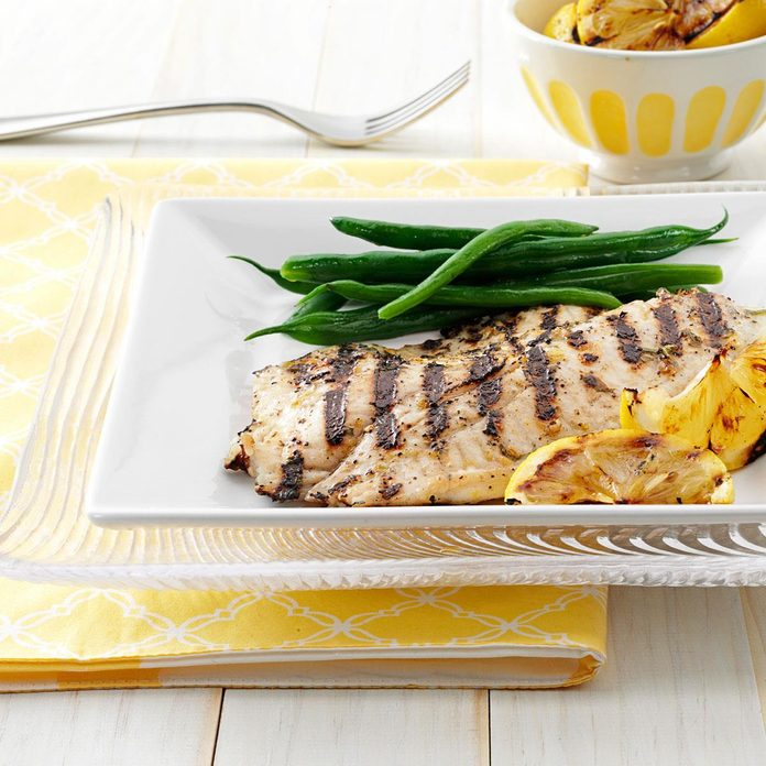 Grilled Greek Fish Exps151387 Thhc2377564a03 02 1b Rms 2