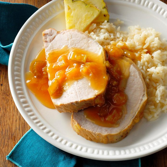 Hawaiian Pork Roast With Pineapple Exps Cwon17 25578 B06 09 3b 2