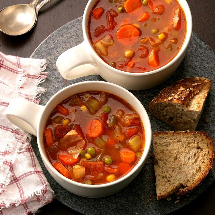 Hearty Vegetable Soup Exps Hc17 15651 D01 20 6b 20