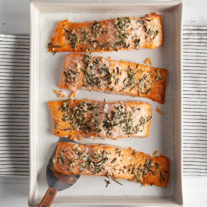Herb Roasted Salmon Fillets Exps Ft20 164150 F 0812 1 1