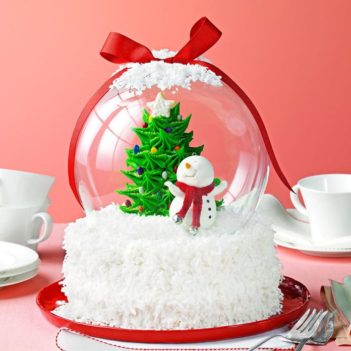 Holiday Snow Globe Cake Exps166331 Th2379806b09 28 3b Rms 2