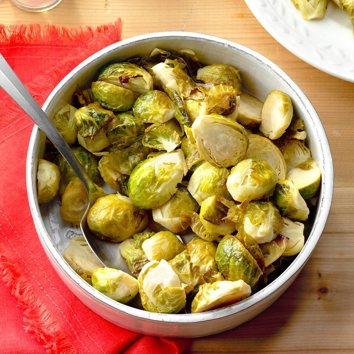 Honey Garlic Brussels Sprouts Exps Thfm18 197670 B09 14 2b 8