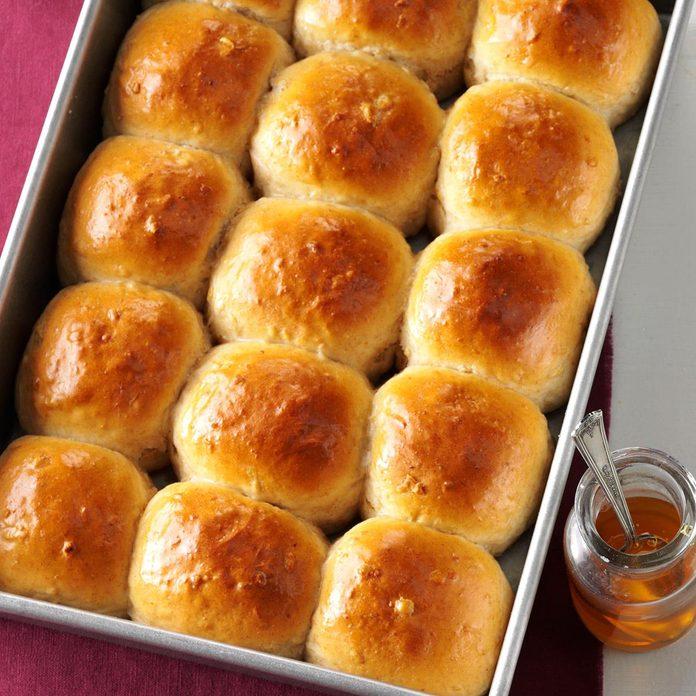 Honey Whole Wheat Rolls Exps Sddj17 7334 D08 05 4b 2