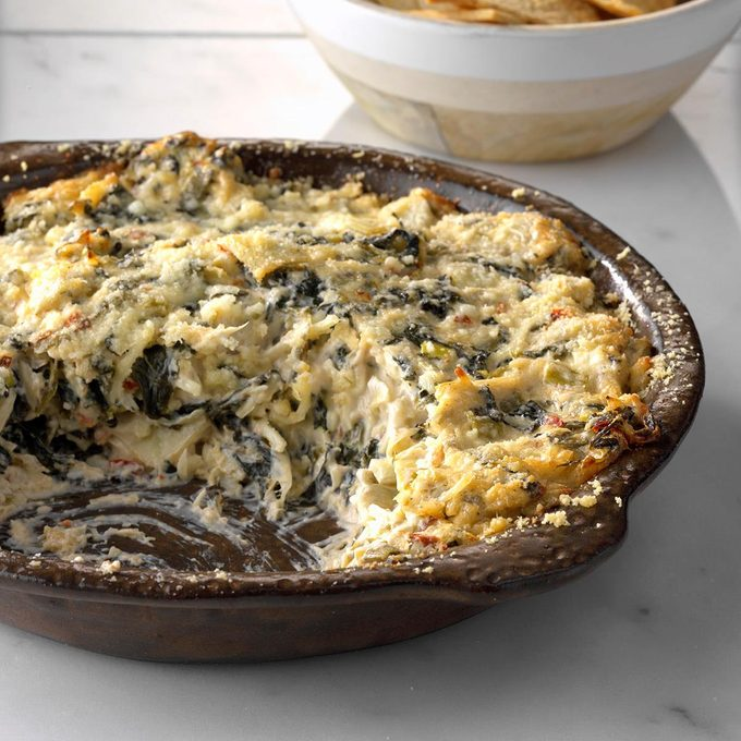 Hot Chipotle Spinach And Artichoke Dip With Lime Exps Tham18 206492 C11 14 4b 3