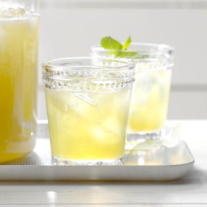 Iced Honeydew Mint Tea Exps Jmz18 196875 B03 01 1b 7