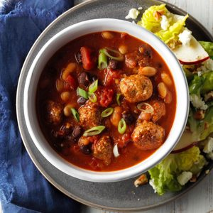 Italian Meatball 'n' Bean Soup