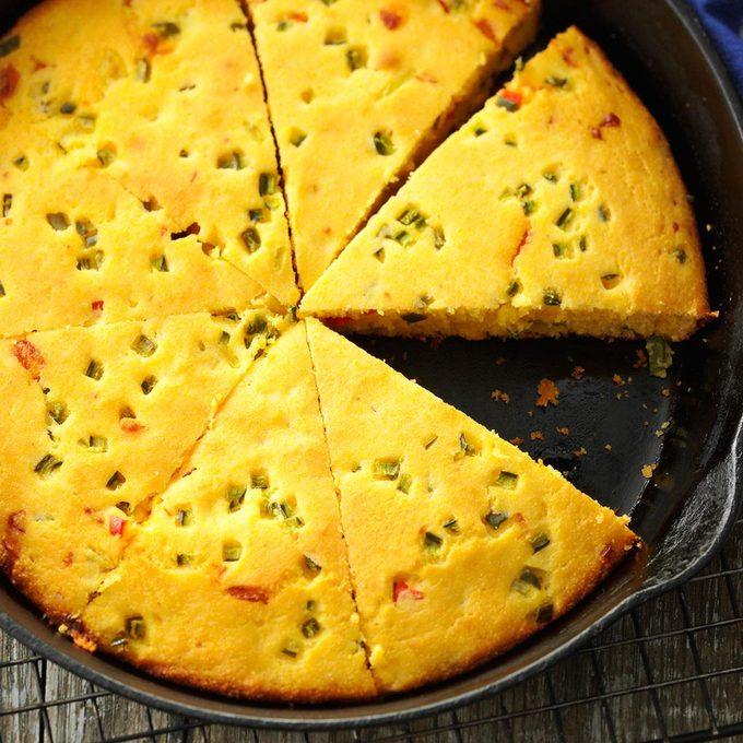 Jalapeno Buttermilk Corn Bread Exps174128 Th143190d10 03 3bc Rms 1