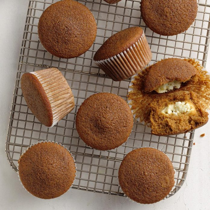 Lemon-Filled Gingerbread Muffins