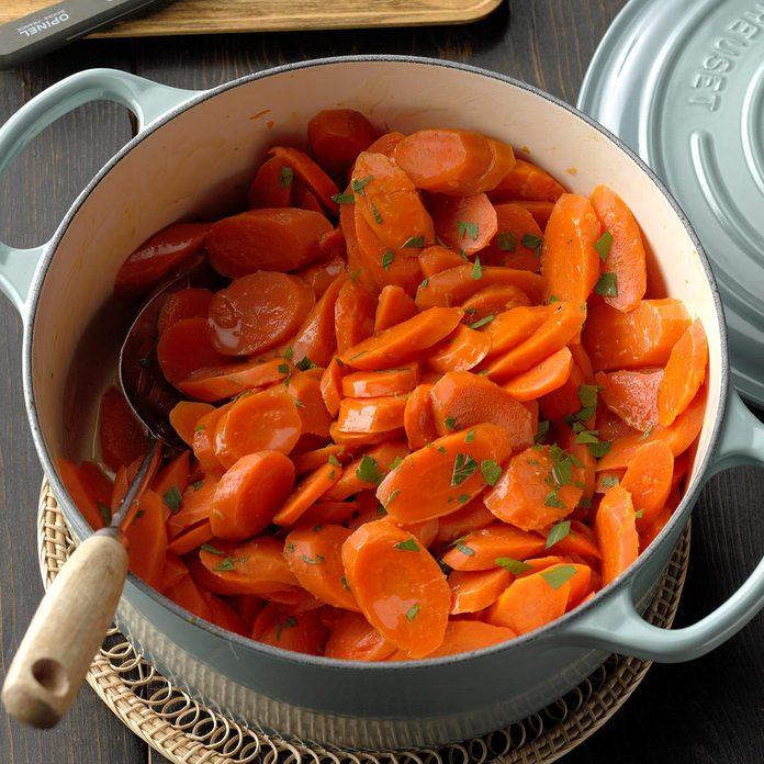 Maple Ginger Glazed Carrots Exps Cimz19 134661 B08 28 1b 9