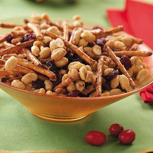Maple Peanut Mix