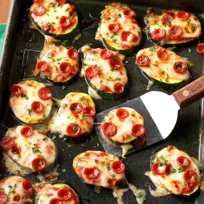 Mini Zucchini Pizzas Exps Sdas17 205463 D04 04 06 2b 2