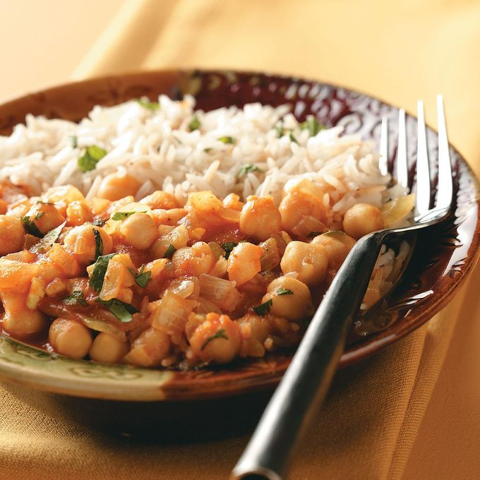 Minted Rice With Garbanzo Curry Exps45979 Th1789927d81a Rms 4