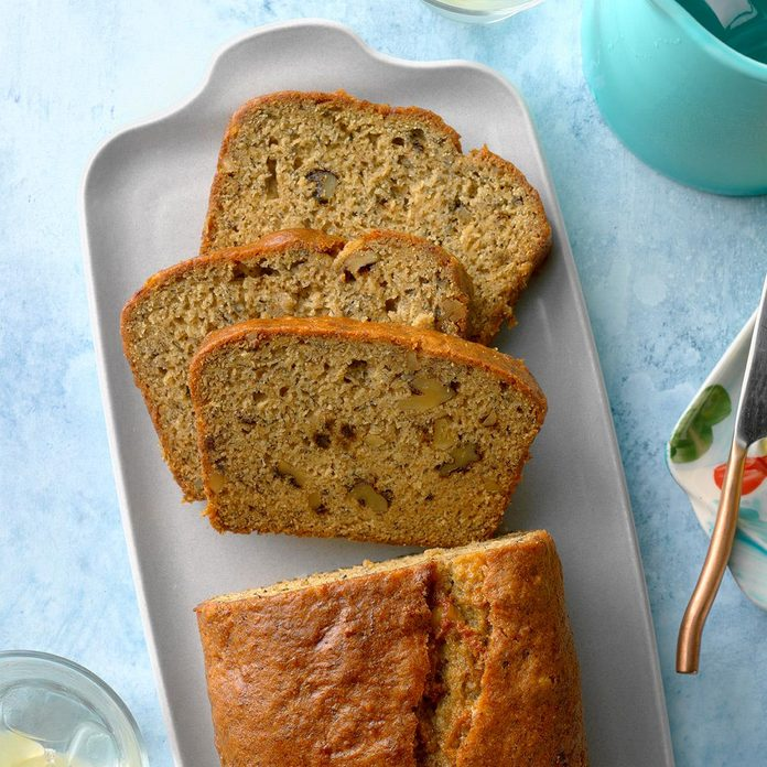 Moist Banana Nut Bread Exps Ftj20 100263 B06 16 1b 2