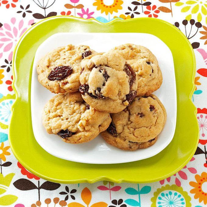 Mom S Soft Raisin Cookies Exps1689 Cc2661980c05 14 5bc Rms 6