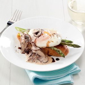 Mushroom & Asparagus Eggs Benedict