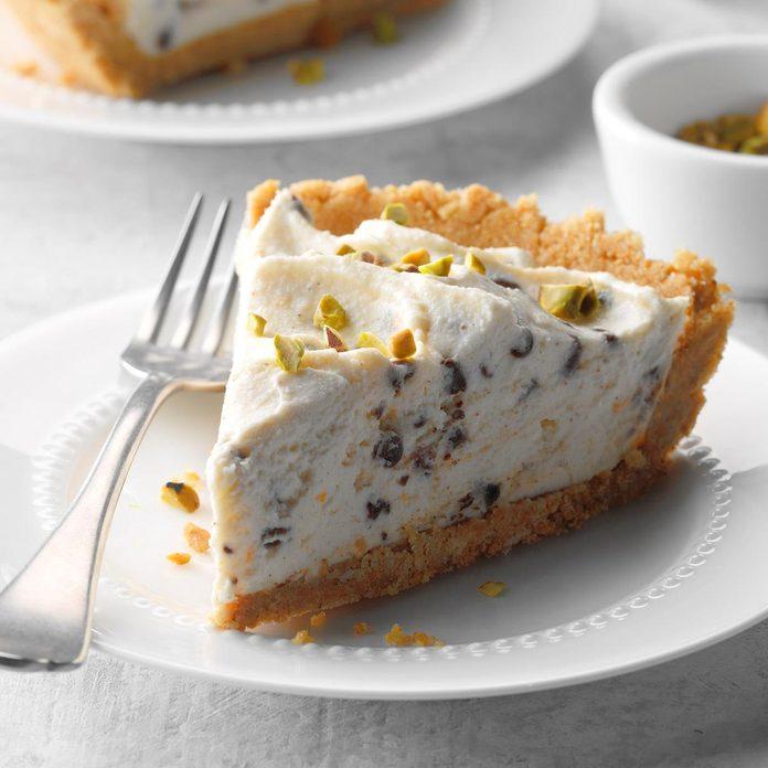 No Bake Chocolate Chip Cannoli Cheesecake Exps Sdam18 212030 D12 01 1b 14