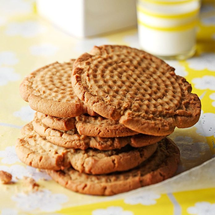Old Fashioned Peanut Butter Cookies Exps7873 Thcb1914178b12 10 4b Rms 10