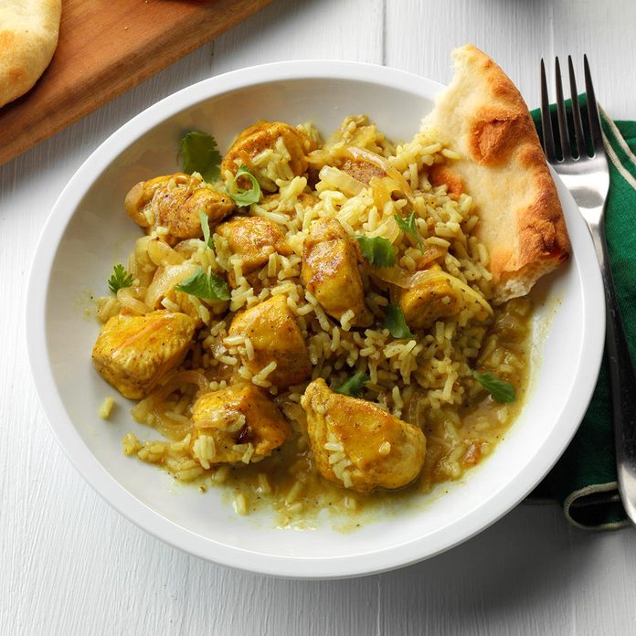 One Pan Chicken Rice Curry Exps Sddj17 194862 B08 04 5b 7