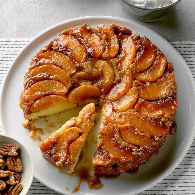 Peach Praline Upside Down Cake Exps Cimzs20 129235 B12 17 2b 4