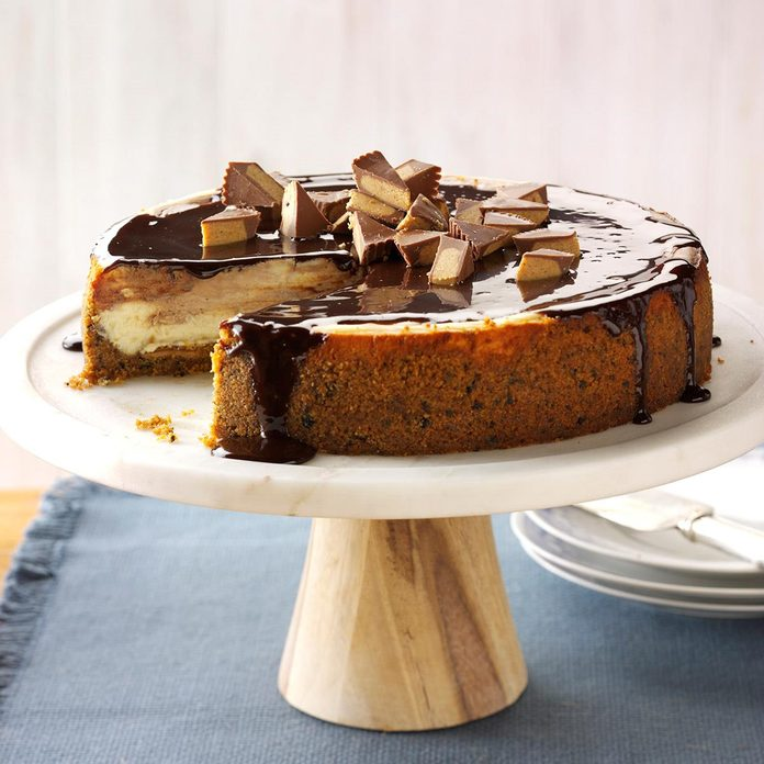 Inspired by: Cheesecake Factory Reese's Peanut butter Chocolate Cake Cheesecake
