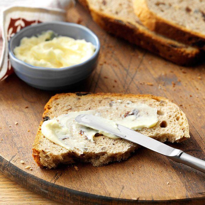Pecan Raisin Bread Exps35033 Fm143298b03 06 4bc Rms 1