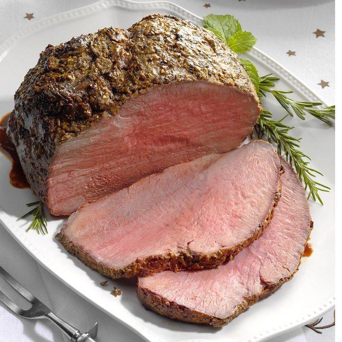 Pepper Crusted Sirloin Roast Exps Cwdj19 32321 B08 10 2b 4
