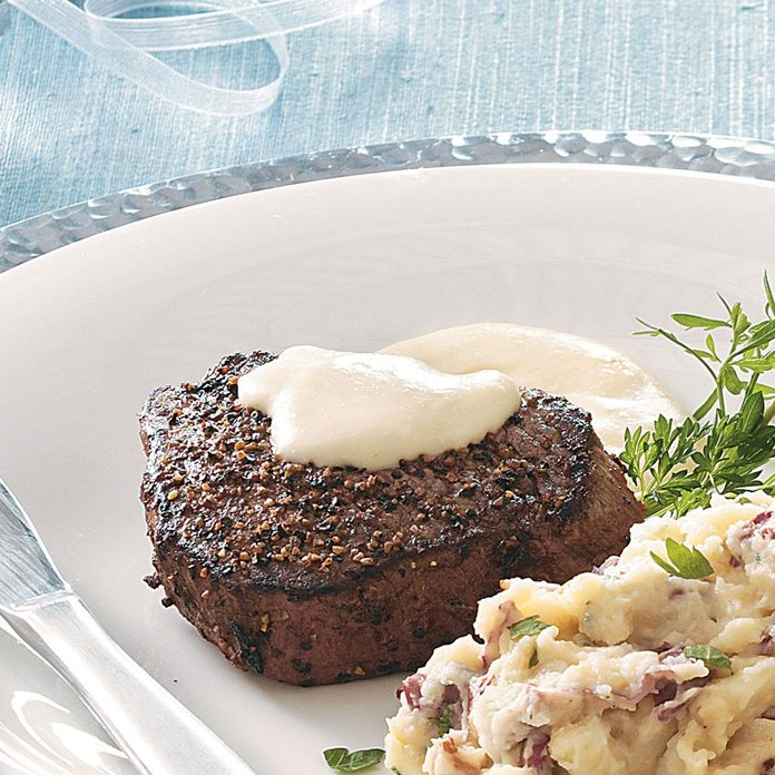 Peppered Filets with Horseradish Cream Sauce
