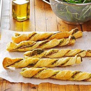 Pesto Twists