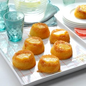Pineapple Upside-Down Muffin Cakes