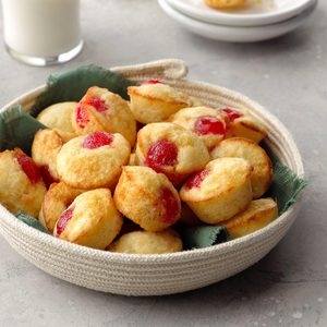 Pineapple Upside-Down Muffins