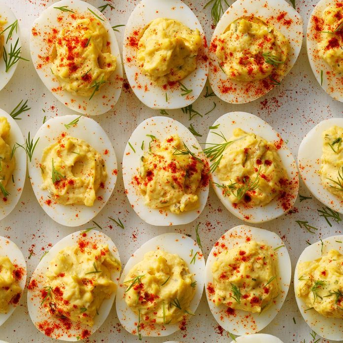 Pressure Cooker Garlic Dill Deviled Eggs Exps Thso18 206283 D04 24 4b 4