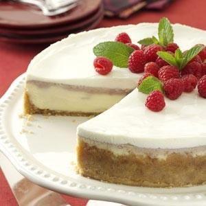 Raspberry Almond Cheesecake
