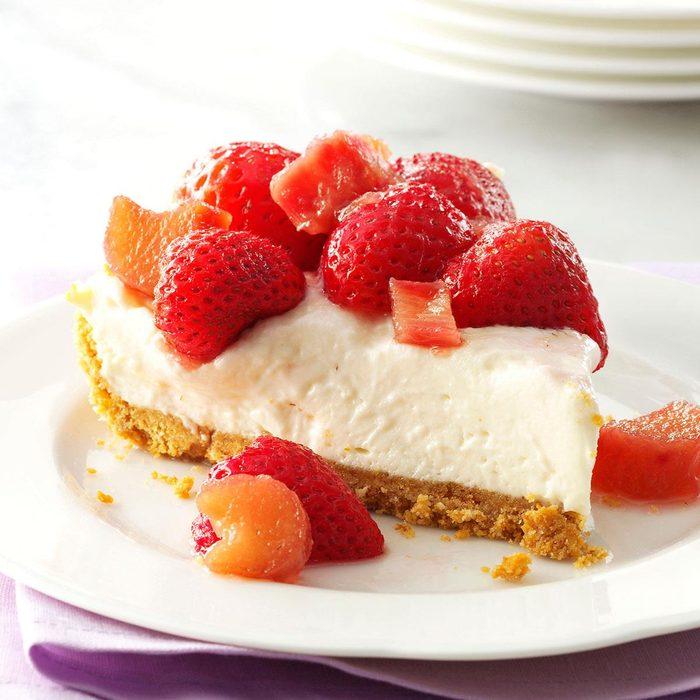 Rhubarb Berry Cheesecake Pie