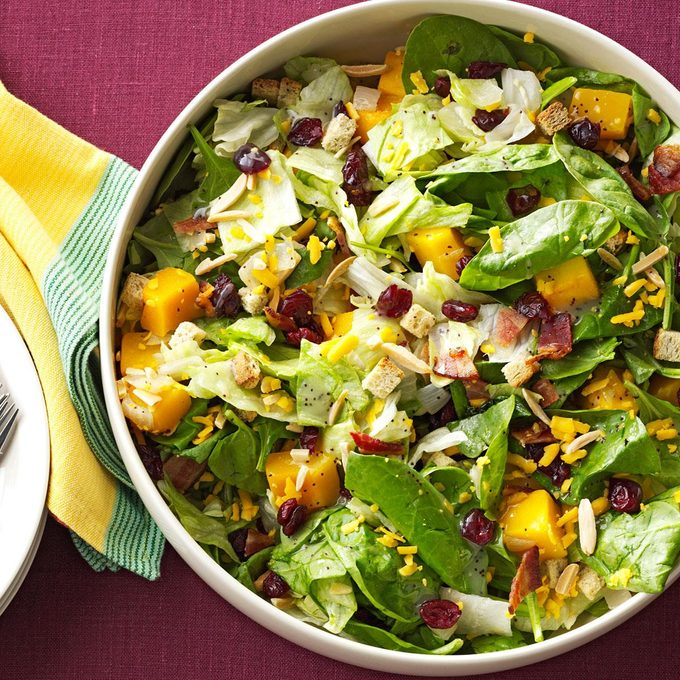 Roasted Butternut Tossed Salad Exps159676 Th132104a06 20 7bc Rms 3