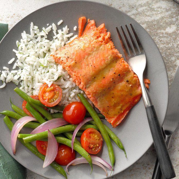 Salmon With Brown Sugar Glaze Exps Botoh19 42919 B08 16 6b 2