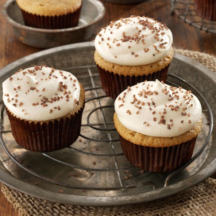 Salted Caramel Cupcakes Exps50881 Cc2919384c09 21 5bc Rms 5