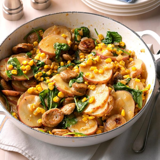 Sausage Vegetable Skillet Dinner Exps Sdas17 133576 D04 04 4b 4