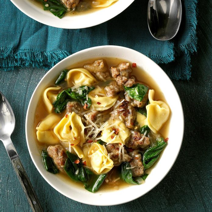 Sausage And Spinach Tortellini Soup Exps Cf2bz19 42414 C12 18 6b 5