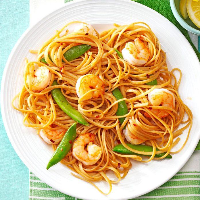 Sesame Noodles With Shrimp Snap Peas Exps165661 Th132767c04 24 1bc Rms 3