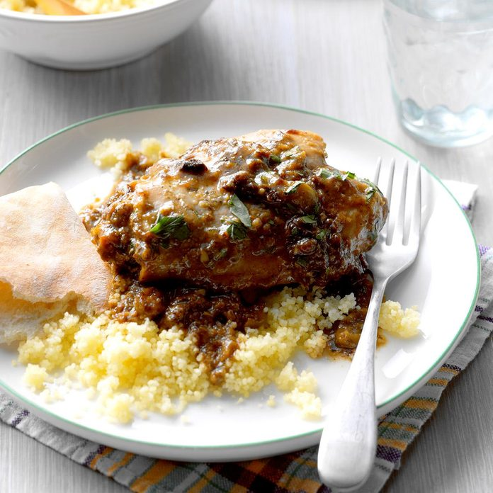 Slow Cooked Chicken Marbella Exps Edsc17 196595 B03 16 7b 4