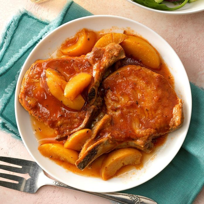 Slow Cooked Peach Pork Chops Exps Cf2bz19 28192 C12 19 5b 2