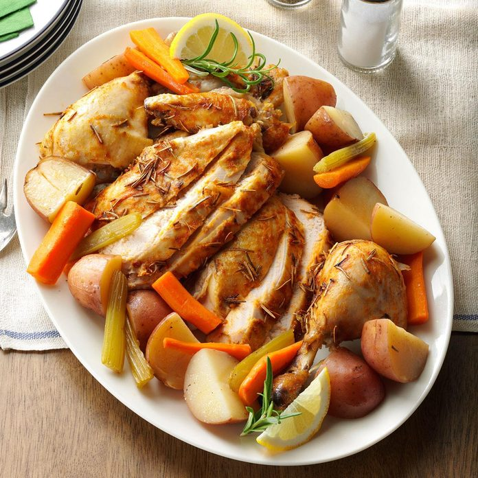 Slow Roasted Chicken With Vegetables Exps78125 Th133086b08 01 7bc Rms 2