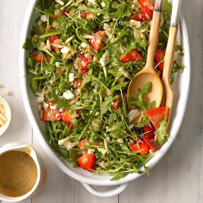 Strawberry Arugula Salad With Feta Exps Cwam19 49059 B01 04 8b 4