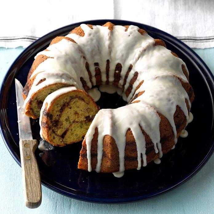 Streuseled Zucchini Bundt Cake Exps Sdjj18 24323 C02 16 5b 2