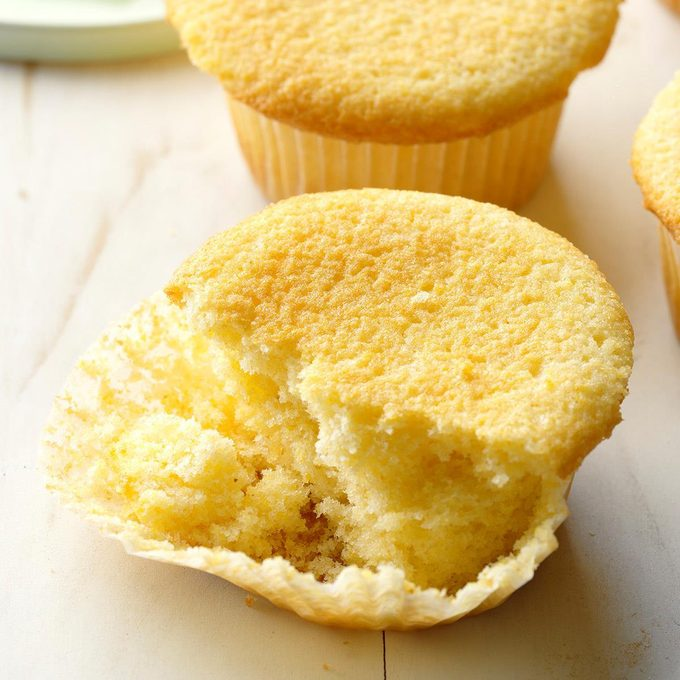 Sweet Corn Muffins Exps Cwfm19 8571 B10 12 6b 5