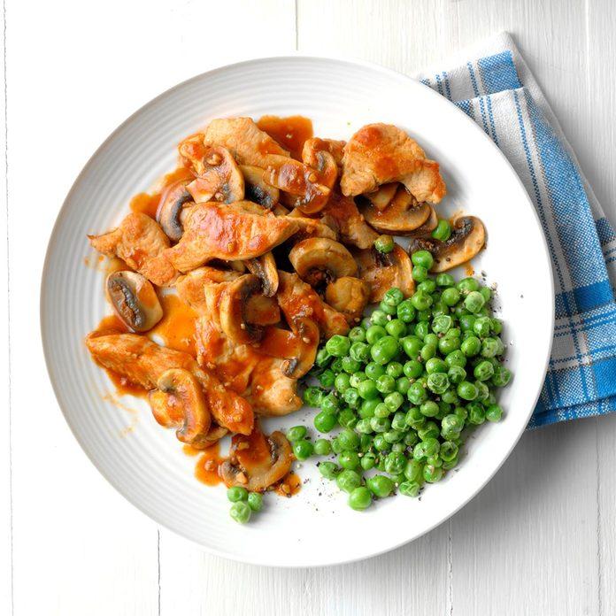Tasty Turkey And Mushrooms Exps Sdas18 27510 D03 30  6b 1