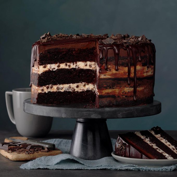 Three Layer Chocolate Ganache Cake Exps Mrra20 60144 B01 15 1b 1