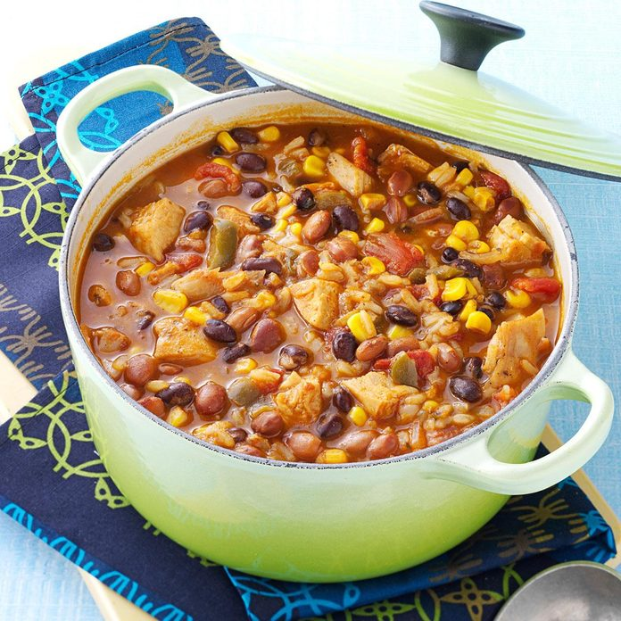 Tortilla Chicken Bean Soup Exps35005 Omrr2777383d06 04 3bc Rms 4