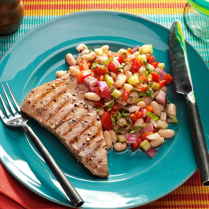 Tuna With Tuscan White Bean Salad Exps146914 Sd2401786b02 10 1bc Rms 2
